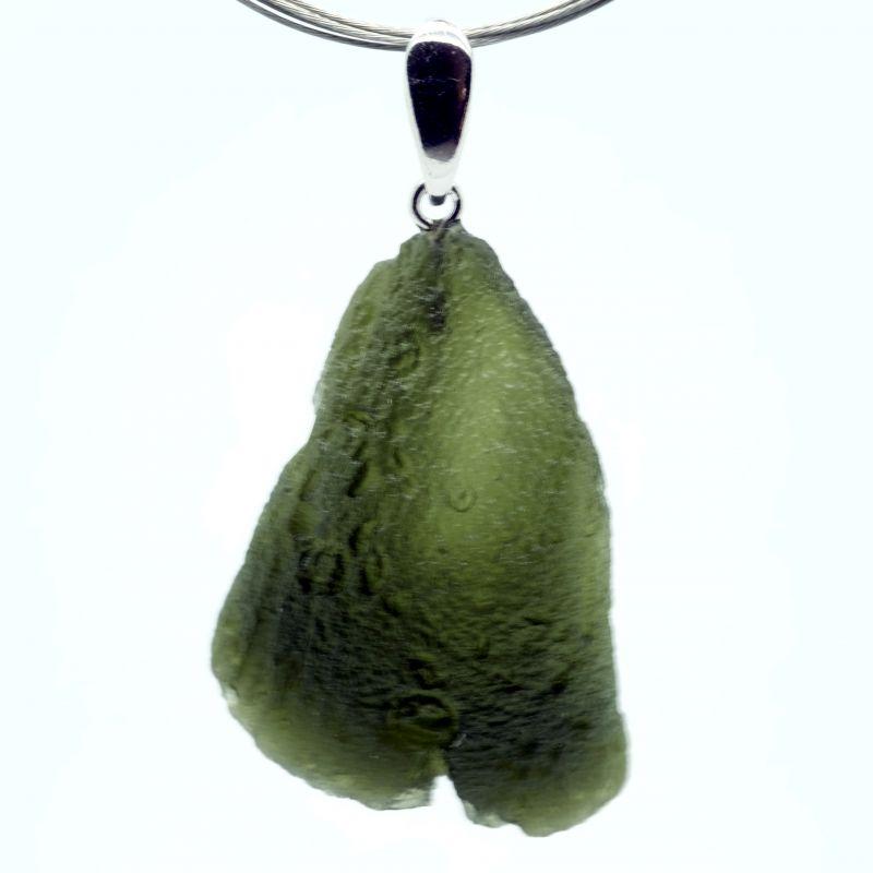 Vltavín - přívěšek s rhodiovaným stříbrným očkem o hmotnosti 6,47 gram E-meteority