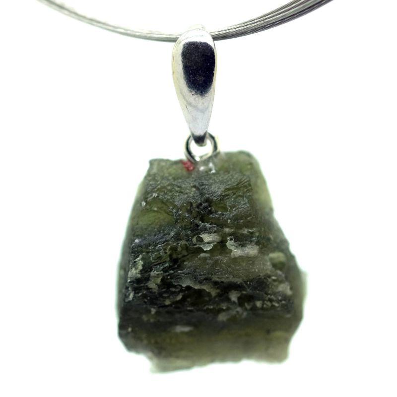Vltavín - přívěšek s rhodiovaným stříbrným očkem o hmotnosti 3,85 gramů E-meteority