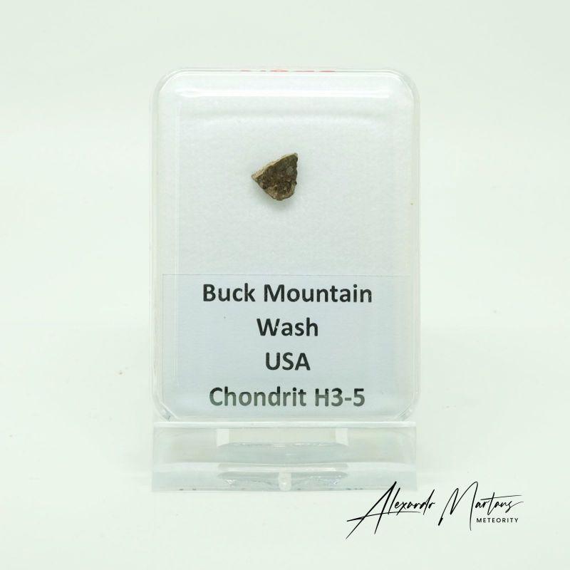 Kamenný meteorit z lokality BuckMountain Wash, USA o váze 0,18 gramů E-meteority