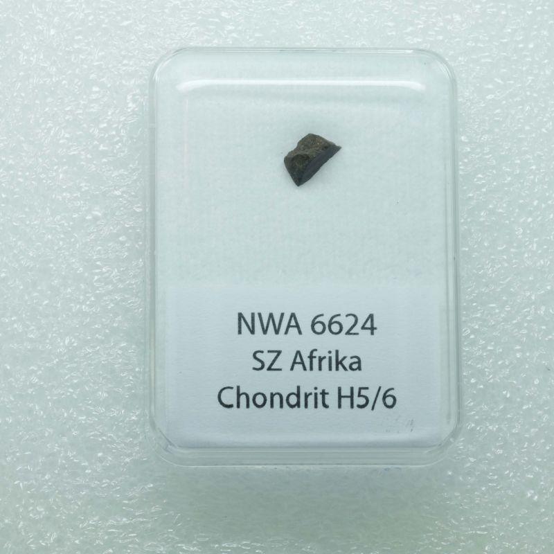 Kamenný meteorit z oblasti SZ Afriky o váze 0,331 gramů